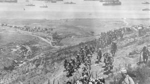 Tropas en formación durante la batalla de Galípoli
