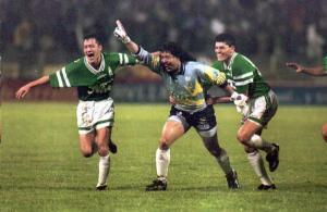 René Higuita en el instante en el que su Atlético Nacional se proclama campeón de la Libertadores