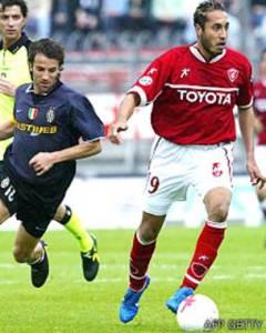 El hijo de Gadafi ante Del Piero en el único partido que jugó en el Perugia