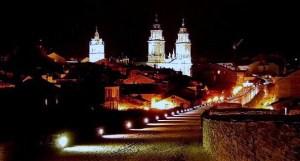 Vista nocturna de Lugo